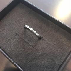 【agete(アガット)の口コミ】 一粒ダイヤの指輪には憧れがなくいつも付けていたいなと思いアガットの店…