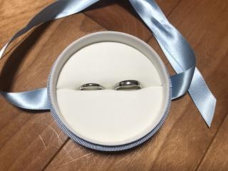 【フラー・ジャコー(FURRER-JACOT)の口コミ】 シンプルなデザインが良かったため、 あえてダイヤなども入れずスタイリッ…