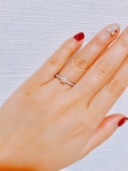 【ブルガリ(BVLGARI)の口コミ】 デザインとブランド、価格のバランス。 ダイヤが中央以外にもあったほうが…
