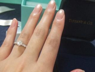 【ティファニー(Tiffany & Co.)の口コミ】 婚約指輪と言うのは基本的に一生に一度しかもらえない記念な物なのできち…