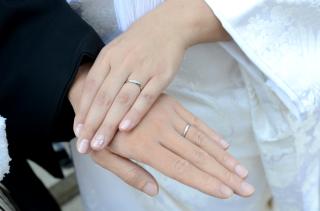 【jour en jourの口コミ】 ペアで購入する結婚指輪の場合、女性側のデザインは素敵でも、男性側がシン…