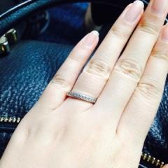 【ティファニー(Tiffany & Co.)の口コミ】 婚約指輪が少し派手目だったので結婚指輪はシンプルにしようと思っていまし…