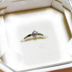 【4℃(ヨンドシー)の口コミ】 シンプルな指輪を探していて、いろいろなブランドのお店を見て回っていたん…
