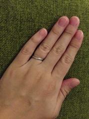 【4℃(ヨンドシー)の口コミ】 シンプルで飽きのこない、そしてさりげなくダイヤの着いてる指輪を様々な店…