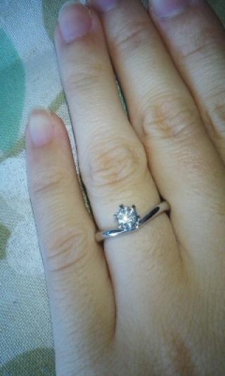 【TANZO(タンゾウ)の口コミ】 婚約指輪に憧れがありましたが、どんなデザインが良いかイメージがなく、…