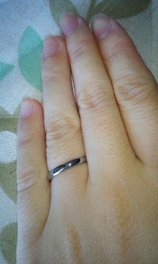 【TANZO(タンゾウ)の口コミ】 毎日つけていても簡単に変形しない、頑丈な結婚指輪が欲しかったので。普段…