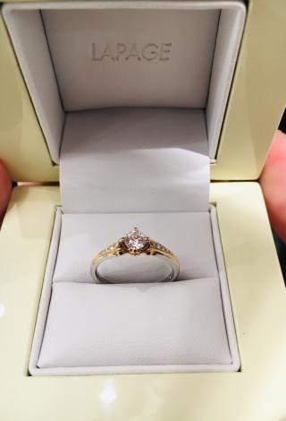 【LAPAGE(ラパージュ)の口コミ】 プローポーズで婚約指輪を探していのですが、出来るだけ個性的で他に無い…