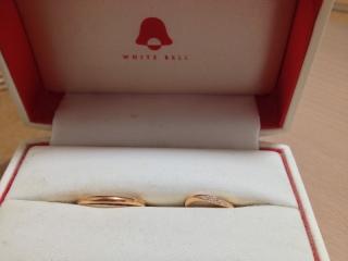 【ホワイトベル(WHITE BELL)の口コミ】 ピンクゴールドのリングを探していた所、式場から紹介された店舗で見つけ…