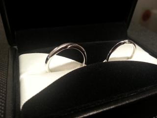 【エクセルコダイヤモンド(EXELCO DIAMOND)の口コミ】 指輪のデザインやダイヤモンドのランクなと、分からないことが多かったで…