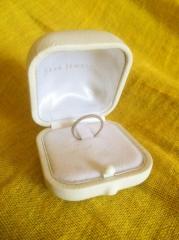 【スタージュエリー(STAR JEWELRY)の口コミ】 結婚指輪を購入したら婚約指輪と2連にして常に身につけていたいと思ってい…