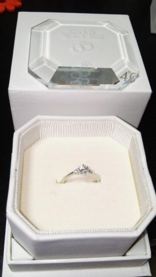 【4℃(ヨンドシー)の口コミ】 ブランドは大好きな4℃と決めていました!「THE婚約指輪」というデザインの…