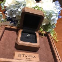 【TANZO(タンゾウ)の口コミ】 鍛造法については全くの無知でしたが、彼のお母様からいただいたダイヤを…