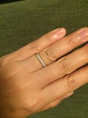 【ティファニー(Tiffany & Co.)の口コミ】 プラチナにダイヤの指輪は以前にもらっていたので、一生つけることを考えて…