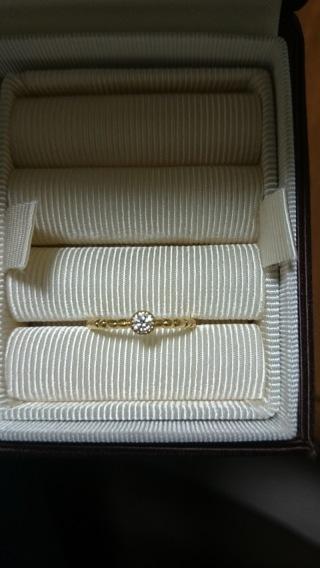 【ete(エテ)の口コミ】 ゴールド、一粒ダイヤを希望していました。デザインが気に入りました。普段…