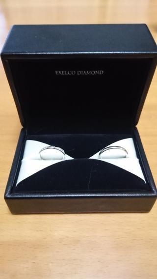 【エクセルコダイヤモンド(EXELCO DIAMOND)の口コミ】 新婦の指輪は派手すぎず、年を取ってもいつまでもつけられるようにと考えて…