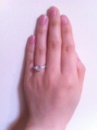 【ハリー・ウィンストン(Harry Winston)の口コミ】 前から欲しかった指輪だったので即買いでした。元々婚約指輪はなくてもいい…