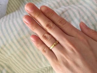 【SIENAROSE(シエナロゼ)の口コミ】 ゴールドの結婚指輪でファッションリングっぽいおしゃれなものを探してい…