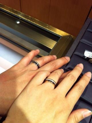 【ブシュロン(BOUCHERON)の口コミ】 ユニークなデザインがある結婚指輪もいいなぁと思い、この指輪が候補の一つ…