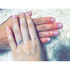 【Ponte Vecchio(ポンテヴェキオ)の口コミ】 主人が婚約指輪は好きなのを選ばせてくれたので、いろんなサイトを見てい…