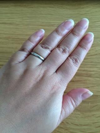 【ヴァン クリーフ&アーペル(Van Cleef & Arpels)の口コミ】 婚約指輪を同じブランドで先に購入したため、他ブランドも検討しましたがや…