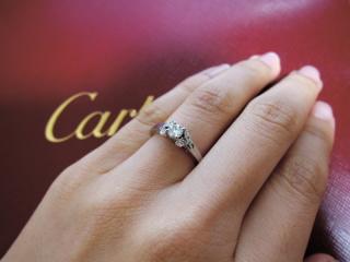 【カルティエ(Cartier)の口コミ】 一目ぼれでした。 ダイヤモンドの色に惹かれたのですが店員さんに聞くと貴…