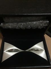 【エクセルコダイヤモンド(EXELCO DIAMOND)の口コミ】 見た目のスタイリッシュさとシンプルながら、可愛さもあるところ。石の輝き…