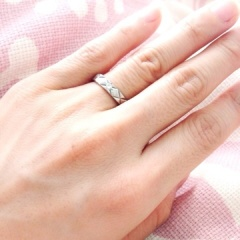 【シャネル(CHANEL)の口コミ】 元々このブランドがとても好きで婚約指輪もシャネルにしました。 ですので…