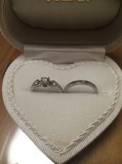 【一九宝飾の口コミ】 婚約指輪も普段付け出来るように高さが出ない、カジュアルなデザインを探…