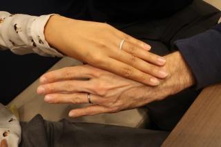 【BRIDGE ANTWERP BRILLIANT GALLERY(ブリッジ・アントワープ・ブリリアント・ギャラリー)の口コミ】 新婦分は婚約指輪で見つけたお気に入りをベースに、元のデザイナーをたど…