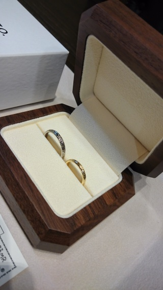 【TANZO(タンゾウ)の口コミ】 一生に一度の記念の指輪は頑丈かつフルオーダーがいいな、とお店を探しま…