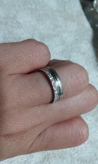 【ウィスプ(WISP)の口コミ】 結婚式の準備に終われ、結婚指輪の購入はギリギリの約一ヶ月前でした。特…