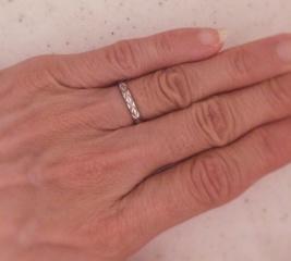 【シャネル(CHANEL)の口コミ】 急遽結婚式をあげることになり、特に考えていなかった結婚指輪。友人から見…