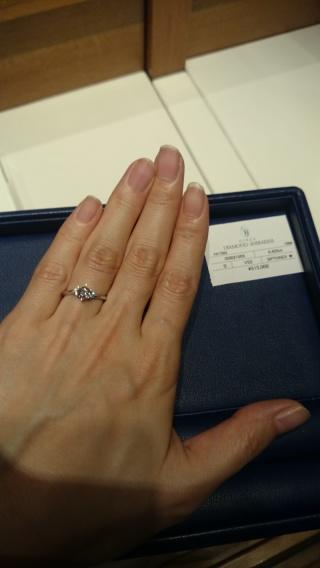 【銀座ダイヤモンドシライシの口コミ】 婚約指輪はストレート、メレのタイプで探してました。 年をとっても使える…
