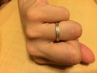 【アイプリモ(I-PRIMO)の口コミ】 シンプルながらも、あまり見ないデザインで、しかもハートが指輪を一周して…