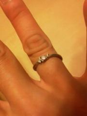 【サマンサティアラブライダル(Samantha Tiara Bridal)の口コミ】 真ん中のダイヤが小ぶりだけれど、ハート型に見えるところがとてもかわいか…