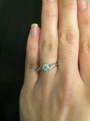 【ジュエリーツツミ(JEWELRY TSUTSUMI)の口コミ】 イオンモールに行った際に婚約指輪を購入してくれる予定の彼に自分の好きな…