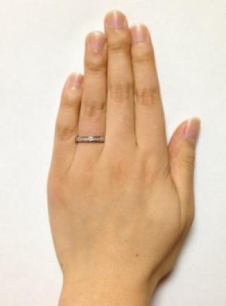 【MIKIMOTO(ミキモト)の口コミ】 全体的にダイヤが埋め込まれているのがとても気に入っております。 はめた…