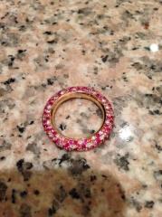 【Ponte Vecchio(ポンテヴェキオ)の口コミ】 婚約指輪ということで、もっとオーソドクスなものを考えていましたが、ポン…