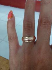 【Wailea(ワイレア)の口コミ】 ゴールドの結婚指輪を探していたのですが、ただゴールドだけだと、オシャ…