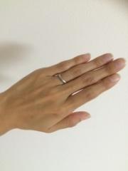 【ティファニー(Tiffany & Co.)の口コミ】 シンプルで飽きがなく、男女関係なくつけられるデザインの指輪を探してい…
