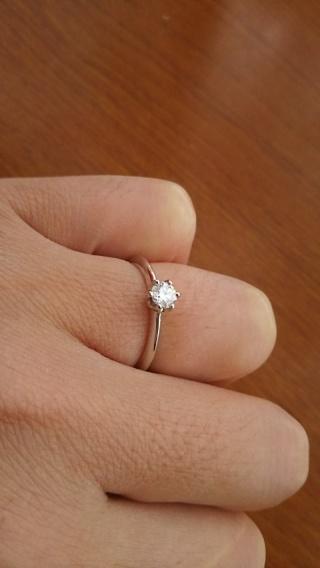 【エクセルコダイヤモンド(EXELCO DIAMOND)の口コミ】 私はダイヤの大きさにはこだわりはありませんでした。悩んでいたら店員が店…
