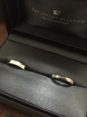 【ラザール ダイヤモンド(LAZARE DIAMOND)の口コミ】 何店舗か回ってもなかなかコレ!という指輪に出会えなかったのですが、可愛…