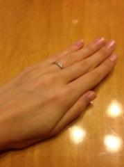 【ギンザタナカブライダル(GINZA TANAKA BRIDAL)の口コミ】 女性用はダイヤが0.05カラット入って65000円(税抜)でした。 男性はダイヤ…