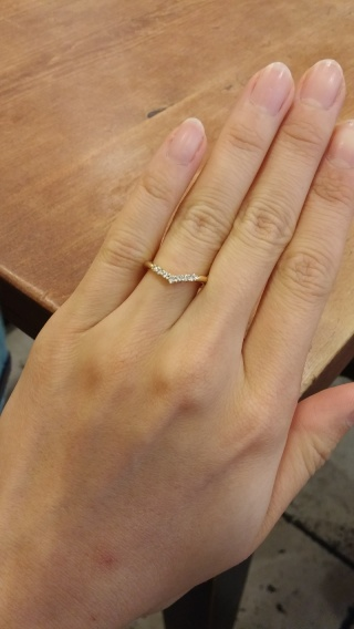 【ケイウノ ブライダル(K.UNO BRIDAL)の口コミ】 婚約指輪を夫のファミリーリングを頂いたので(家族で代々受け継いでいる指…