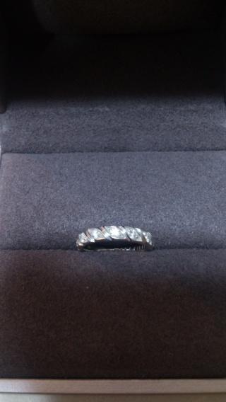 【ショーメ(CHAUMET)の口コミ】 結婚指輪は婚約指輪とは違い、いつもつける物なので、凝ったデザインにしよ…
