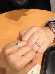 【ラザール ダイヤモンド(LAZARE DIAMOND)の口コミ】 鍛造(たんぞう)のリングを探していて、この商品が一番理想の形、太さだっ…