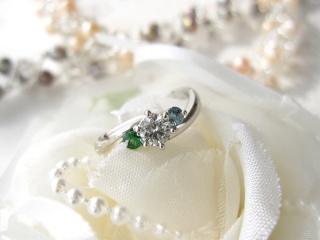 【ジュエリームナカタ(Jewelry MUNAKATA)の口コミ】 いくつかデザインで迷いましたが、最終的には直感で選んだ1番最初のデザイ…