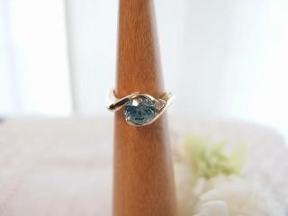 【野口裕子の口コミ】 完全オーダーメイド 祖母から譲り受けた形見の指輪の石だけ 使って、ダイ…