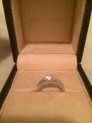 【ブルガリ(BVLGARI)の口コミ】 婚約指輪を購入する際に、せっかく買うので普段もつけられるようなデザイ…