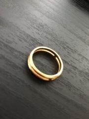 【エルメス(HERMES)の口コミ】 ゴールドの指輪を探しており、複数のブランドを見ておりましたが 主人が気…